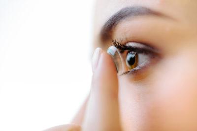 Les lentilles cosmétiques peuvent présenter des dangers