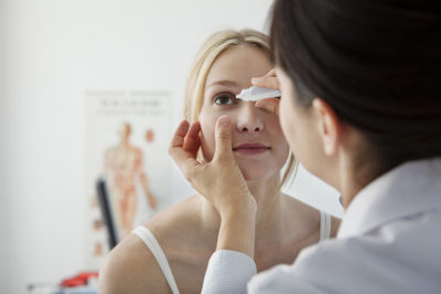 Symptomes de conjonctivite - RDV Ophtalmologue à Osny